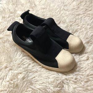 Adidas slip on shoes size 8